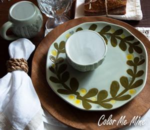 Brea Cozy Christmas Table